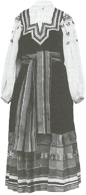 Женский праздничный костюм. 1920-е годы. Курская губ.